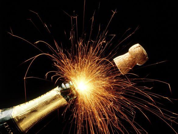 sparkling-champagne-popping-cork